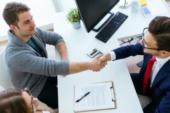 Zašto je lakše dobiti novi posao dok ste zaposleni