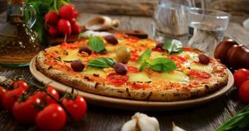 Kako pripremiti najbolju pizzu? Tajnu zna pizzeria San Marco na Rabu!