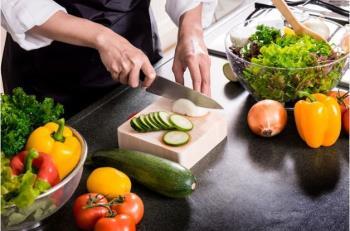Traži se: Pomoćni kuhar/ica