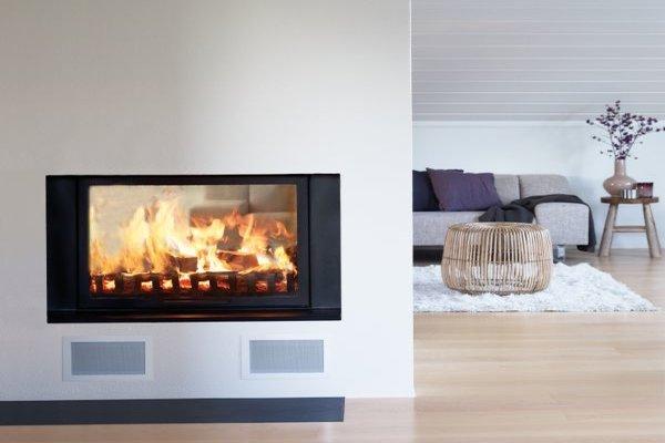 kamin studio rijeka kamini pe i ugradbeni kamini grijanje podne plo e rijeka istra rijeka. Black Bedroom Furniture Sets. Home Design Ideas
