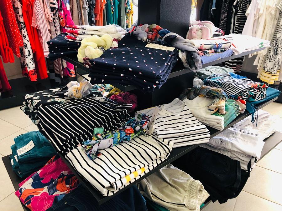 Casual wear Losinj, Domi clothing store