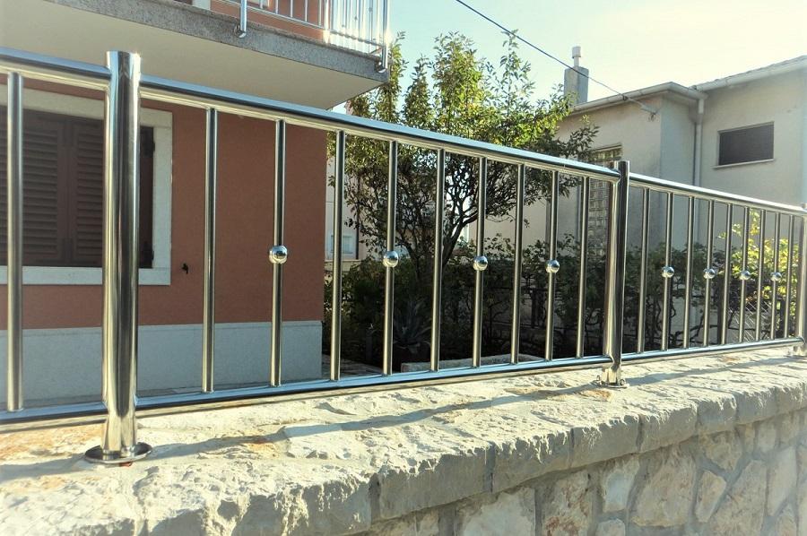 Inox ograde, Rijeka, Madra Nakovanj