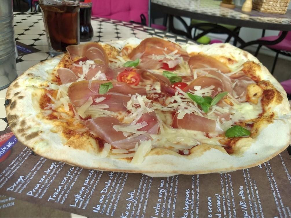 Najbolja pizza Rab pizzeria San Marco