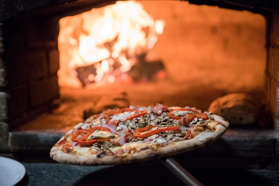 Pizza delivery, Crikvenica, pizzeria Gusti