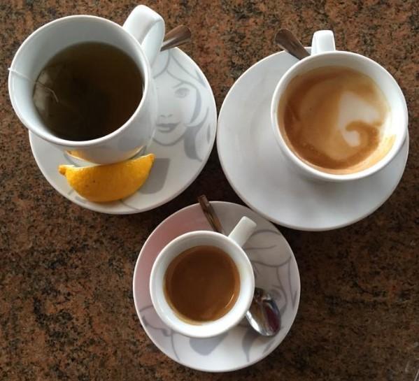 Caffe bar u robnoj kući