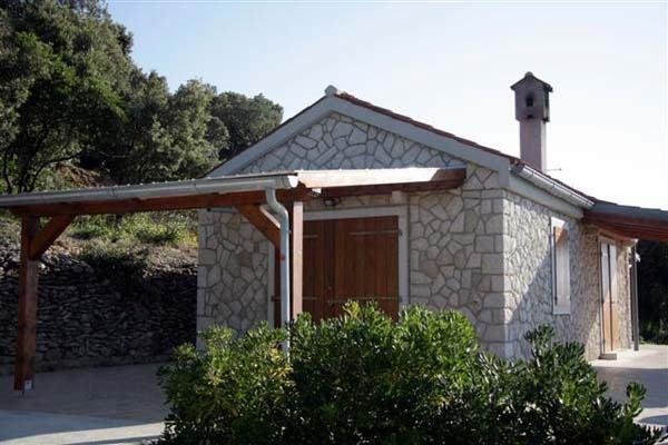 Obrt s Cresa gradi kamene kućice iz snova