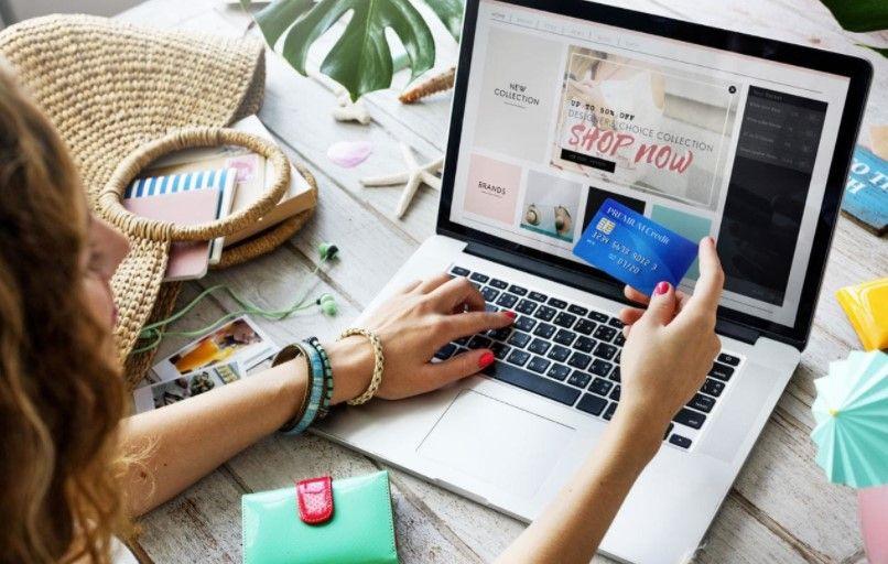 Online kupovina sve popularnija među Hrvatima: trećina Hrvata kupuje preko interneta