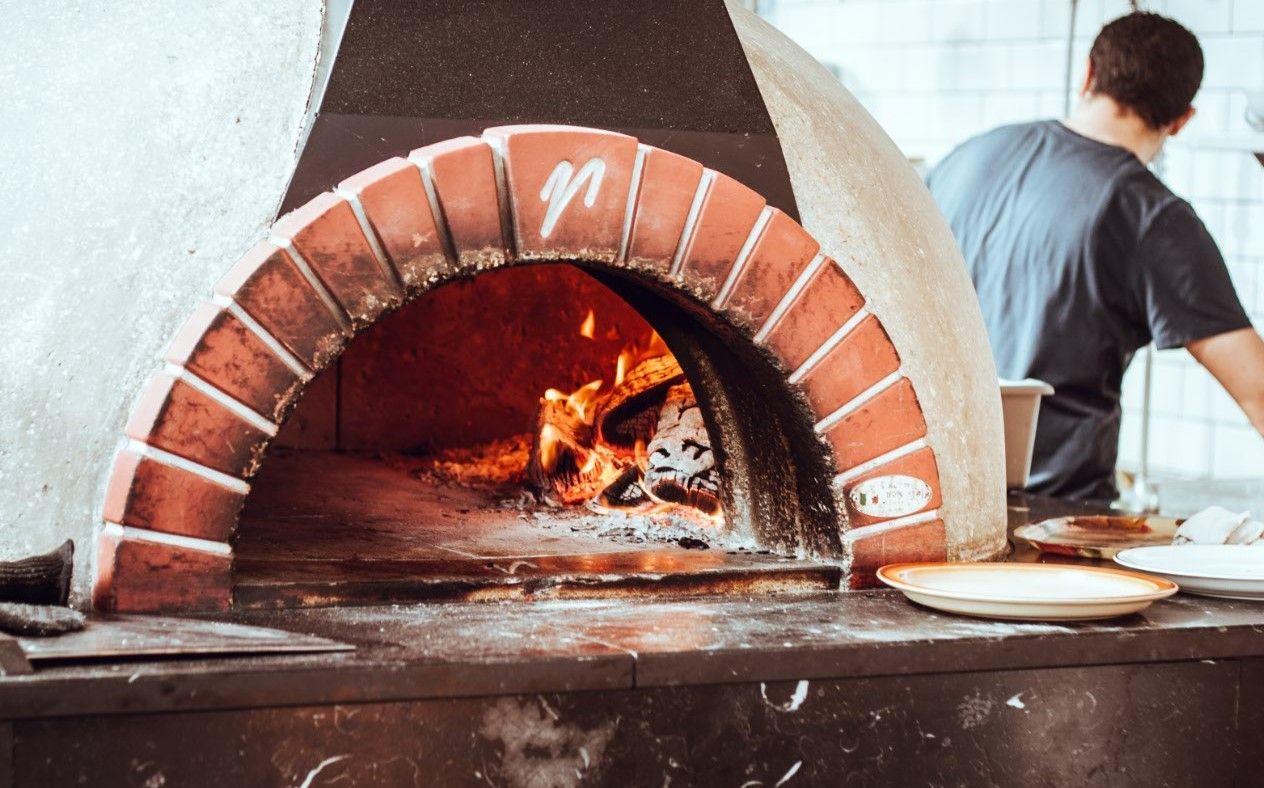 Posjetili smo jednu od najpoznatijih pizzerija na Rabu (video)