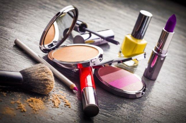 Prodavač kozmetike (m/ž)