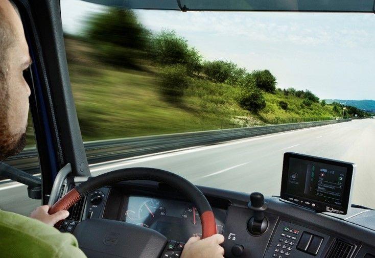 Vozač teretnog vozila  E  kategorije