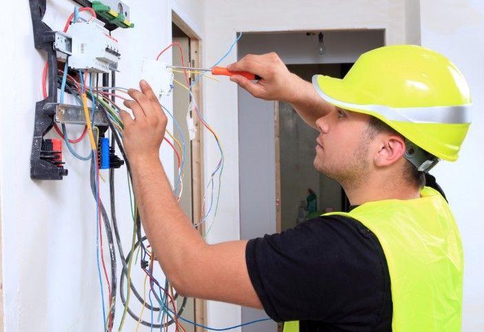 Pomoćni elektroinstalater (m/ž)