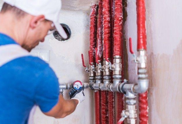 Pomoćni vodoinstalater (m/ž)