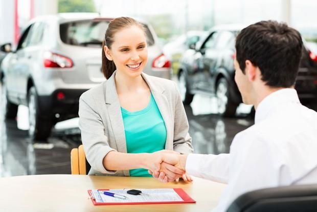 Vlada smanjila trošarine za automobile: Evo za koliko će pojeftiniti