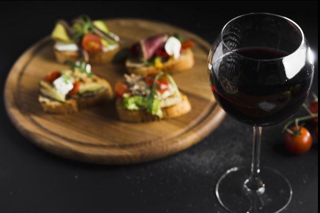 Uskoro počinje veliki eno-gastro festival: WineRi 2018.!