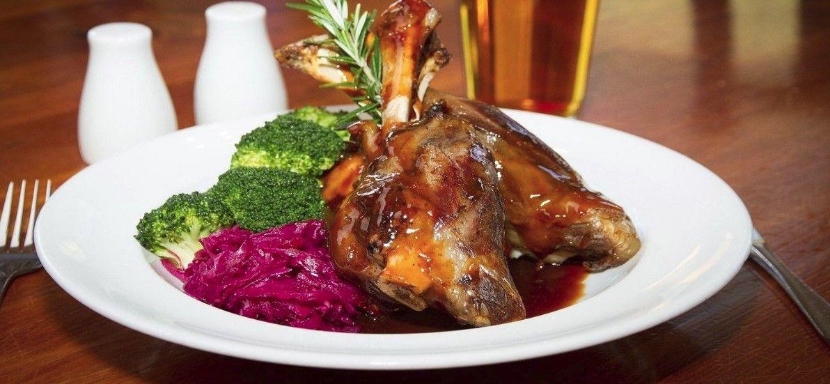 Pokušajte odoljeti okusu tradicije: Janjetina iz krušne peći, domaća tjestenina i kolači