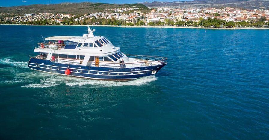 Izleti brodom iz Crikvenice ili party na brodu