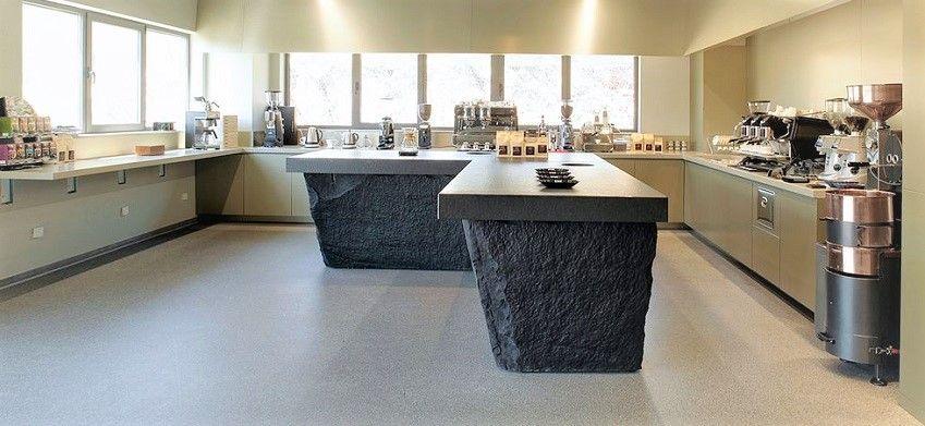 Granit ili mramor: što odabrati za kuhinjsku radnu ploču, stepenice ili pult?
