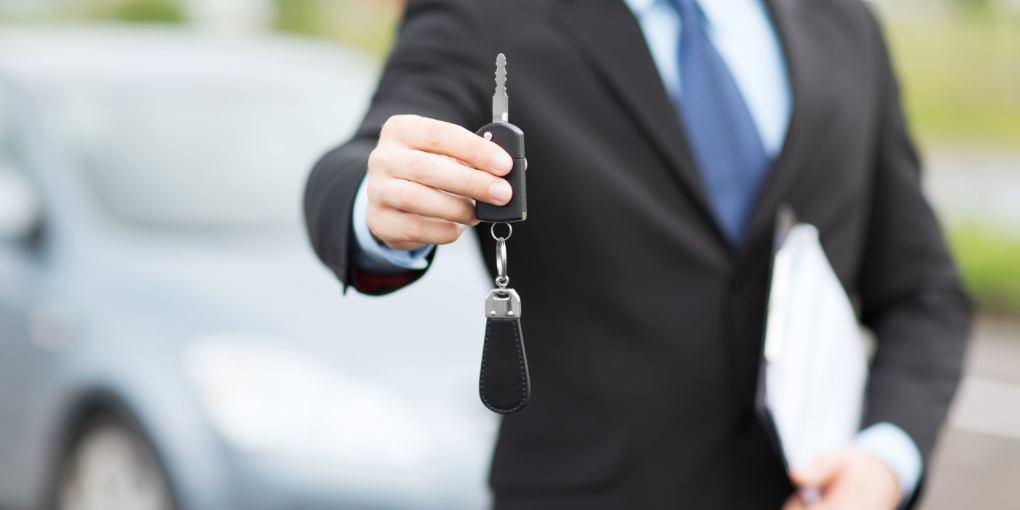 Kupujete auto? Fina uvela SMS uslugu koja će vam otkriti je li na vozilu upisan neki teret